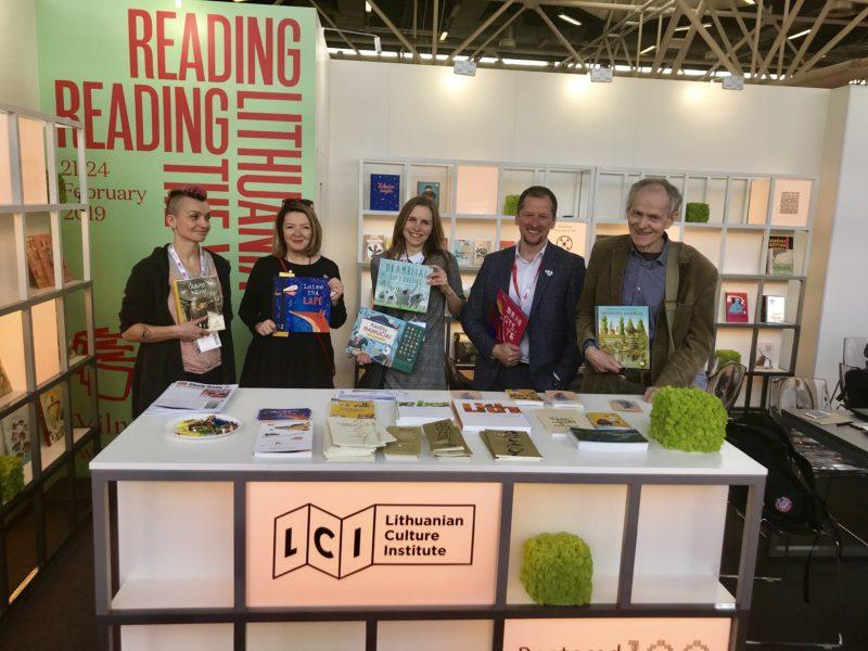 Kvietimas leidykloms prisistatyti Bolonijos vaikų knygų mugėje