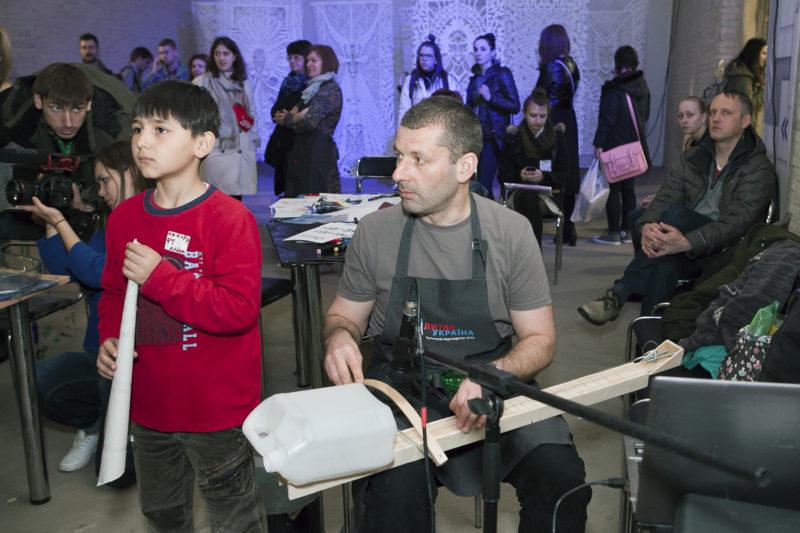 Iliustruotojų orkestras baigia savo kelionę Odesoje