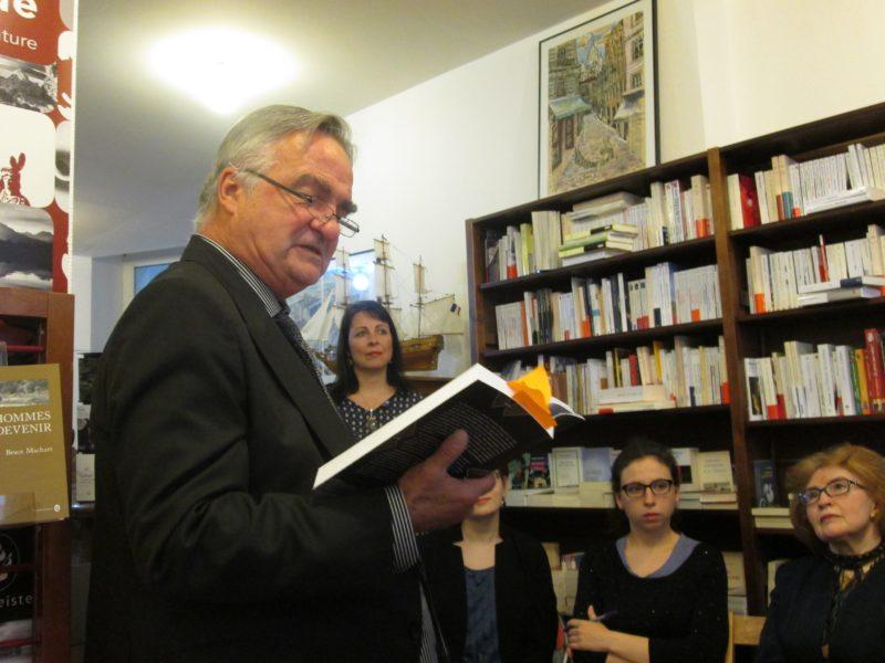 """Paryžiaus literatūros festivalyje pristatytas R.Gavelio """"Vilniaus pokeris"""""""