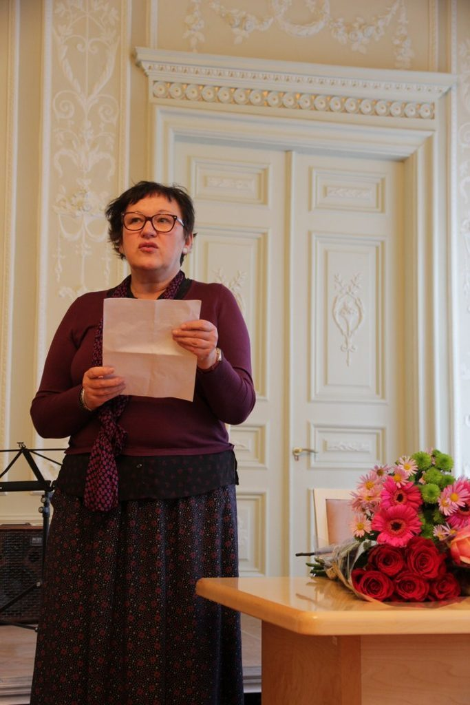 Lopšinė Cornelijui Helliui (Giedros Radvilavičiūtės laudacija Lietuvos kultūros instituto Garbės rašto laureatui)
