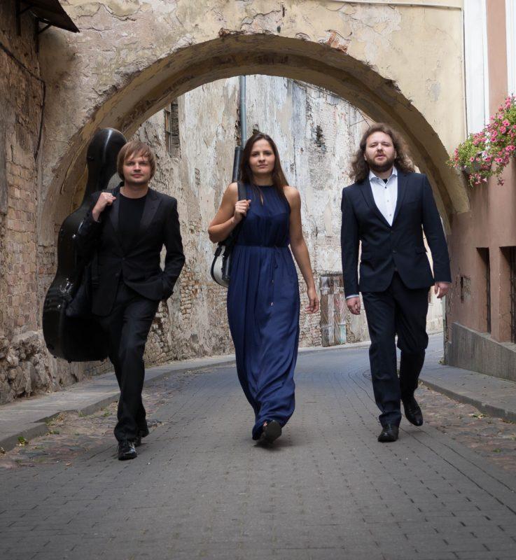"""""""Langas į Lietuvą"""" – kompaktinė plokštelė ir pasaulinis turas bus pristatyti Romoje"""