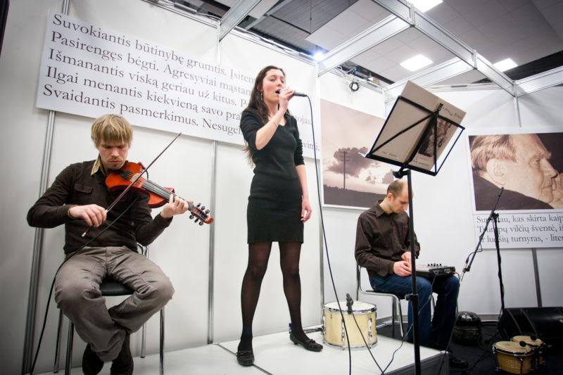 VILNIAUS KNYGŲ MUGĖ'16: skelbiame visą mugės kultūrinių renginių programą