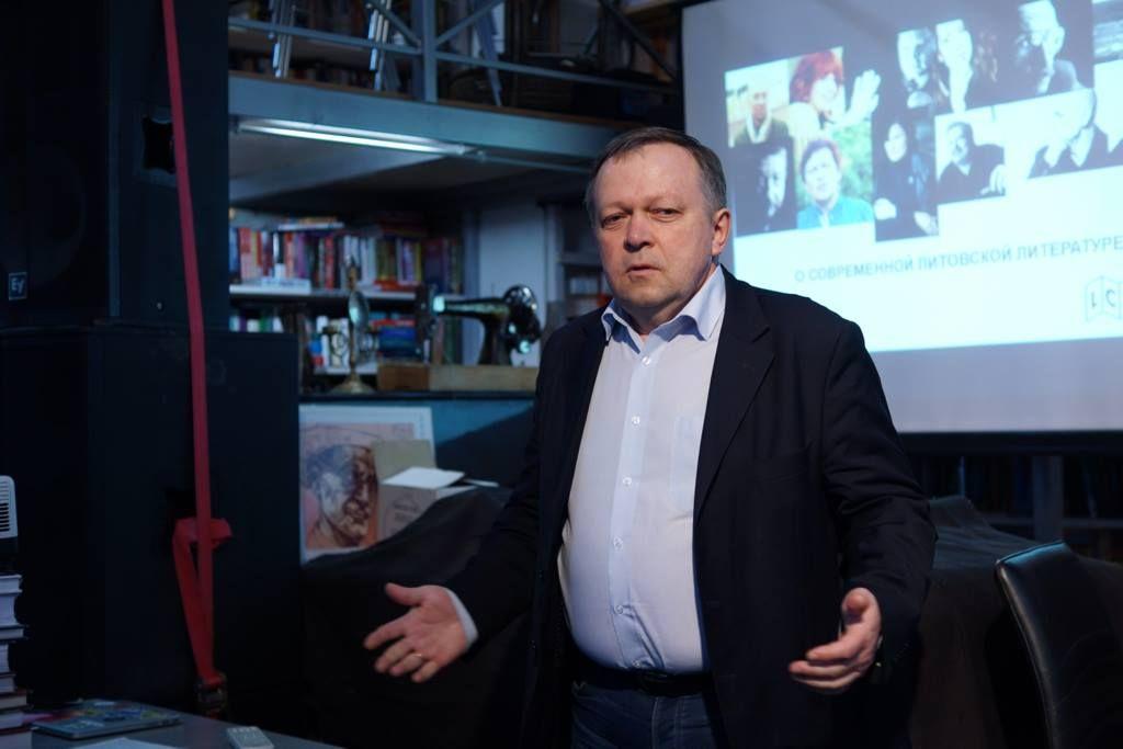 Sveikina generalinis konsulas Olegas Skinderskis